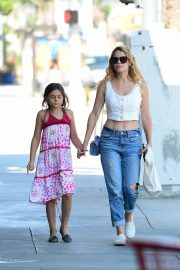 Bethany Joy Lenz with her daughter Shopping Out in Studio City 2019/07/05 3