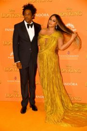 Beyonce and Jay-Z attends Disney's The Lion King European Premiere in Leicester Square, London 2019/07/14 7
