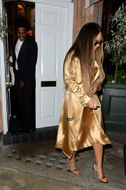 Beyonce and Jay-Z Leaves at Harry's Bar in London 2019/07/14 4