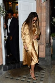 Beyonce and Jay-Z Leaves at Harry's Bar in London 2019/07/14 6