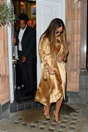 Beyonce and Jay-Z Leaves at Harry's Bar in London 2019/07/14 8