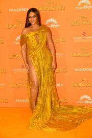 Beyonce attends Disney's The Lion King European Premiere in Leicester Square, London 2019/07/14 3