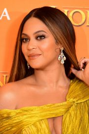 Beyonce attends Disney's The Lion King European Premiere in Leicester Square, London 2019/07/14 4