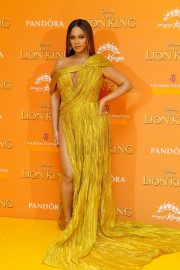 Beyonce attends Disney's The Lion King European Premiere in Leicester Square, London 2019/07/14 9