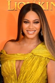 Beyonce attends Disney's The Lion King European Premiere in Leicester Square, London 2019/07/14 17