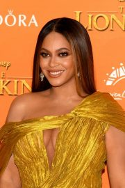 Beyonce attends Disney's The Lion King European Premiere in Leicester Square, London 2019/07/14 22