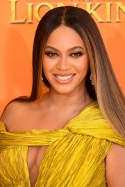 Beyonce attends Disney's The Lion King European Premiere in Leicester Square, London 2019/07/14 23