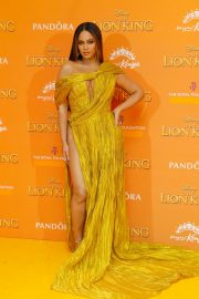 Beyonce attends Disney's The Lion King European Premiere in Leicester Square, London 2019/07/14 24