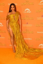 Beyonce attends Disney's The Lion King European Premiere in Leicester Square, London 2019/07/14 27