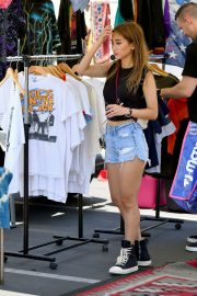 Brenda Song Shopping Out at Flea Market in Los Angeles 2019/07/16 5