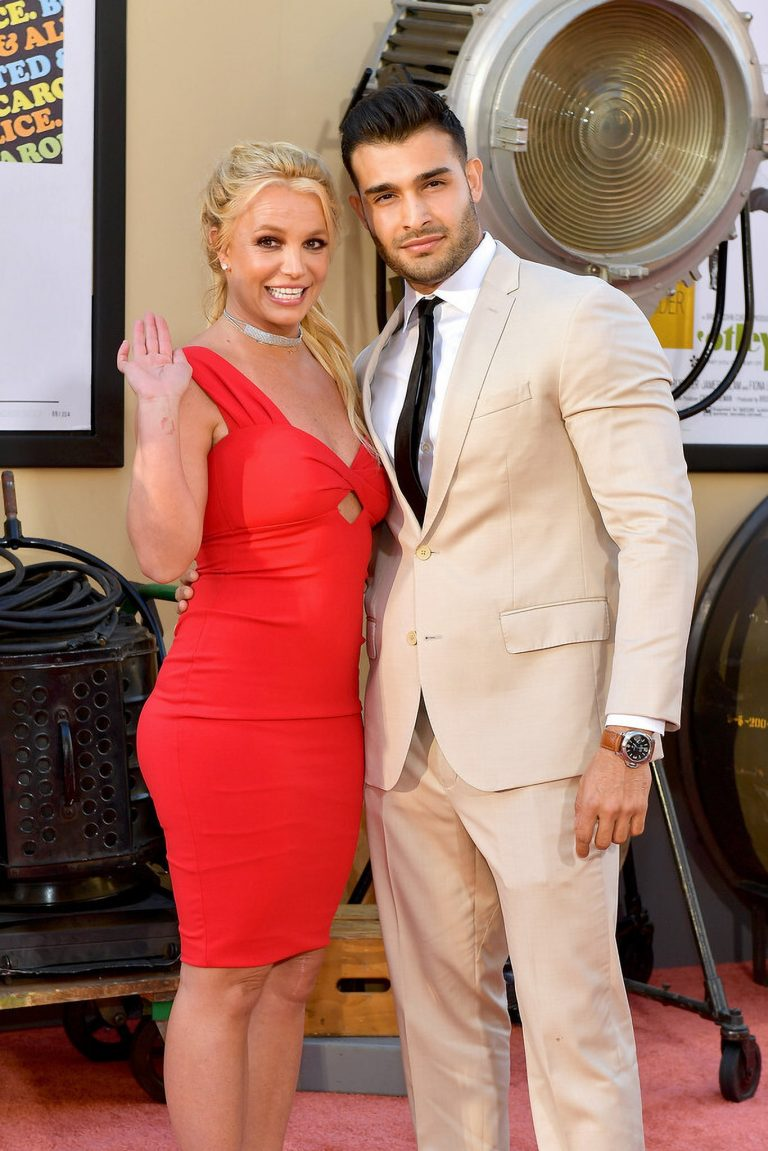 "Britney Spears and Sam Asghari attends Sony Pictures ""Once Upon A Time...In Hollywood"" Premiere in Los Angeles 2019/07/22 9"