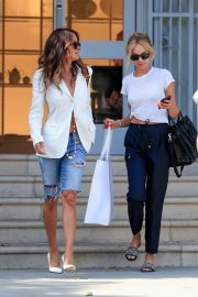 Brooke Burke Shopping Out in West Hollywood 2019/07/09 1