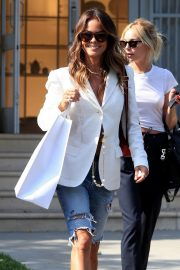Brooke Burke Shopping Out in West Hollywood 2019/07/09 5