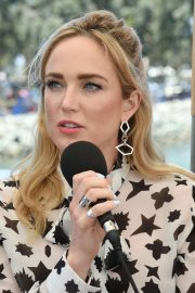 Caity Lotz attends the #IMDboat at Comic-Con in San Diego 2019/07/19 1