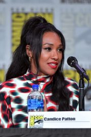 Candice Patton attends at The Flash Special Video Presentation during Comic-Con International at San Diego 2019/07/20 1