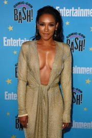 Candice Patton attends Entertainment Weekly Comic-Con Celebration at Hard Rock Hotel San Diego 2019/07/20 8