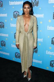 Candice Patton attends Entertainment Weekly Comic-Con Celebration at Hard Rock Hotel San Diego 2019/07/20 9