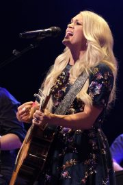 Carrie Underwood performs at the Grand Ole Opry in Nashville 2019/07/19 5