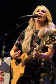 Carrie Underwood performs at the Grand Ole Opry in Nashville 2019/07/19 8