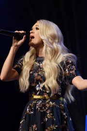 Carrie Underwood performs at the Grand Ole Opry in Nashville 2019/07/19 12
