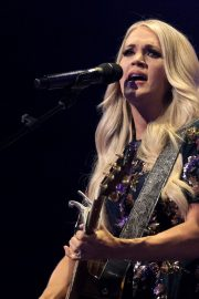 Carrie Underwood performs at the Grand Ole Opry in Nashville 2019/07/19 14