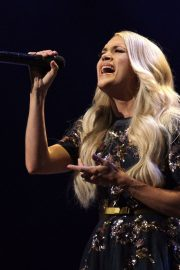 Carrie Underwood performs at the Grand Ole Opry in Nashville 2019/07/19 15