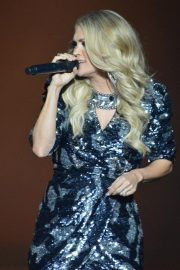 Carrie Underwood performs at The SSE Hydro in Glasgow 2019/07/02 18