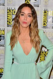 Chloe Bennet attends the #IMDboat at San Diego Comic-Con in San Diego 2019/07/19 4