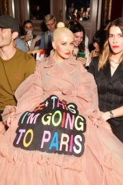 Christina Aguilera attends Victor & Rolf Haute Couture Fall/Winter 2020 Show of PFW in Paris 2019/07/03 6