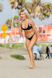CJ (Lana) Perry in Black Bikini at Venice Beach 2019/07/11 10