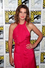 "Cobie Smulders attends ABC's ""Stumptown"" at San Diego Comic-Con 2019/07/18 5"