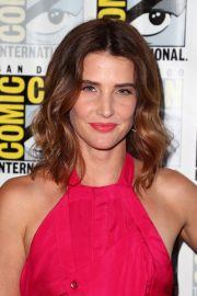 "Cobie Smulders attends ABC's ""Stumptown"" at San Diego Comic-Con 2019/07/18 6"