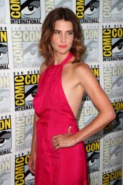 "Cobie Smulders attends ABC's ""Stumptown"" at San Diego Comic-Con 2019/07/18 7"