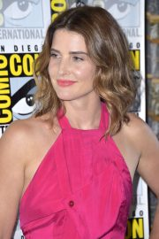 "Cobie Smulders attends ABC's ""Stumptown"" at San Diego Comic-Con 2019/07/18 15"