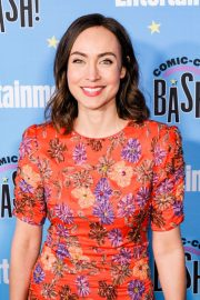 Courtney Ford attends Entertainment Weekly Party at Comic-con in San Diego 2019/07/20 1