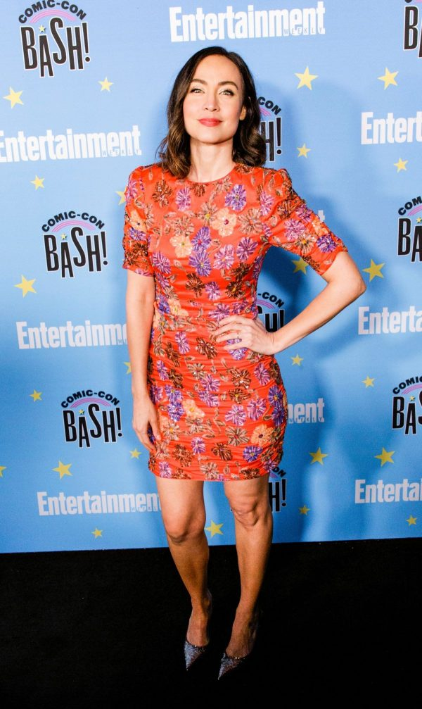 Courtney Ford attends Entertainment Weekly Party at Comic-con in San Diego 2019/07/20 2