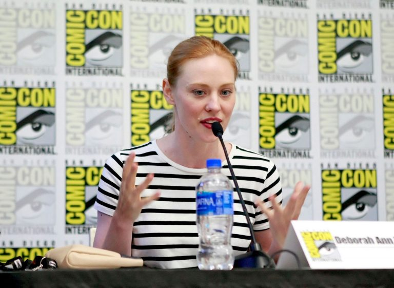 Deborah Ann Woll attends Sundry Panel During Comic-Con International in San Diego 2019/07/18 1
