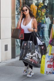 Demi Rose flashes her cleavage in Tank Top during Shopping on Rodeo Drive in Beverly Hills 2019/07/13 2