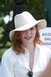 Eleanor Tomlinson attends Wimbledon 2019 Tennis Championships in England 2019/07/08 13