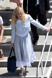 """Elle Fanning arrives at the """"Teen Spirit"""" Press Conference at Giffoni Film Festival 2019/07/22 7"""