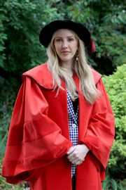 Ellie Goulding arrives Doctor of Arts Degree from the University of Kent 2019/07/18 2