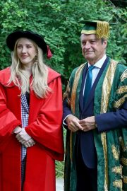 Ellie Goulding arrives Doctor of Arts Degree from the University of Kent 2019/07/18 3