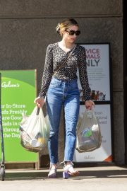 Emma Roberts Shopping at Gelson's Market for Groceries in Los Feliz 2019/07/02 4