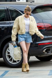 Emma Roberts Shopping Out in Los Angeles 2019/07/08 13