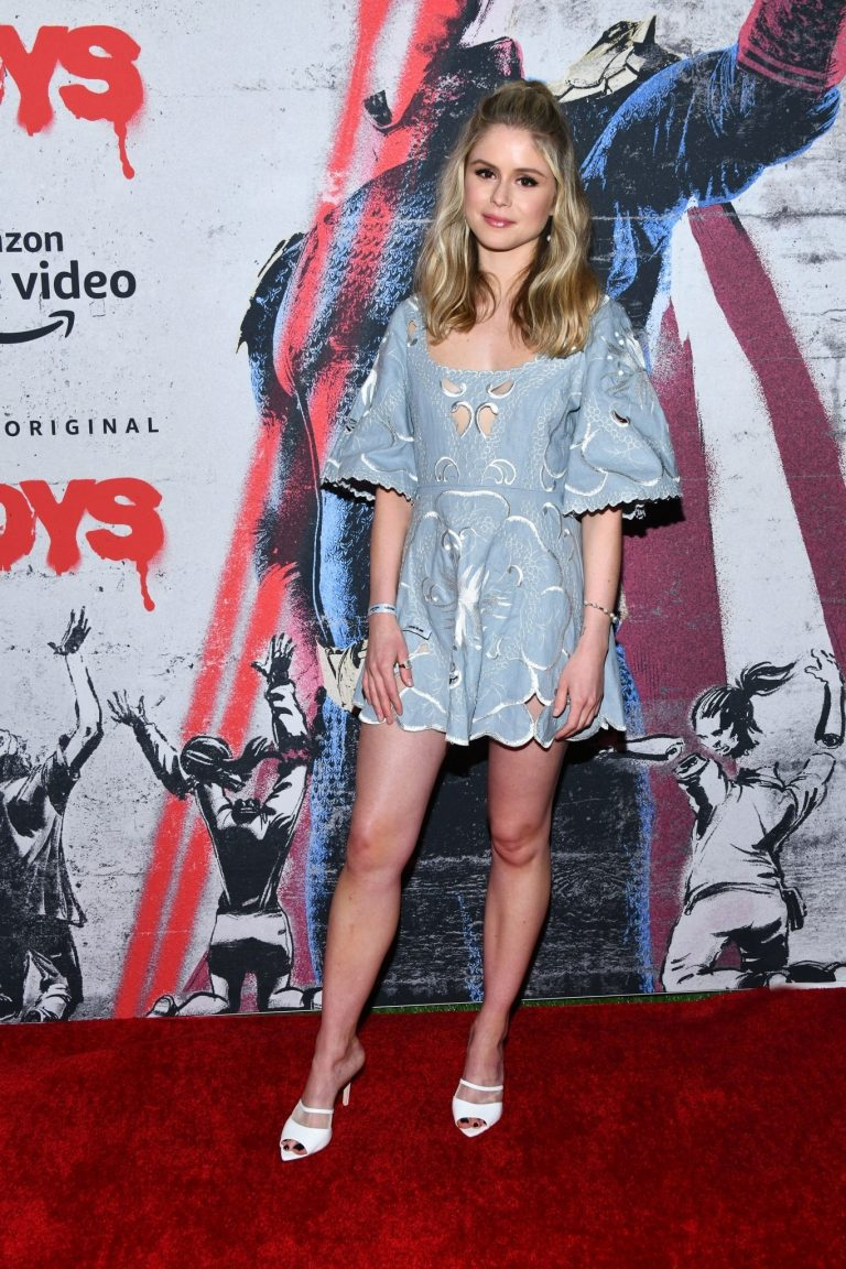 """Erin Moriarty attends 2019 Comic-Con International for """"The Boys"""" in San Diego 2019/07/19 1"""