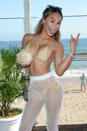 Eva Gutowski attends Instagram's 3rd Annual #Instabeach Party in Pacific Palisades 2019/07/16 3