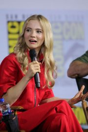 """Freya Allan attends """"The Witcher"""" During 2019 Comic-Con International at San Diego 2019/07/19 4"""