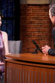 Hunter Schafer attends an interview on Late Night with Seth Meyers 2019/07/23 1