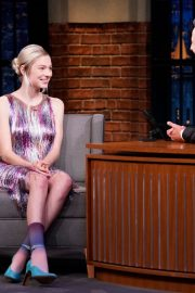 Hunter Schafer attends an interview on Late Night with Seth Meyers 2019/07/23 2