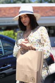Jenna Dewan in Floral Dress Out in Beverly Hills 2019/07/01 1